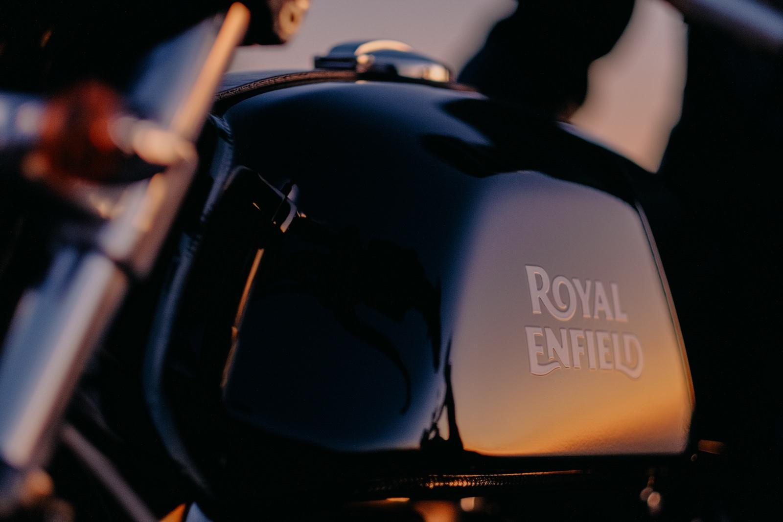 Fotógrafo de moda Portugal Royal Enfield Porto